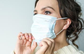 Prof.dr.sci.med. Irdina Drljević: Nošenje zaštitne maske u vrijeme koronavirusa i kožni problemi